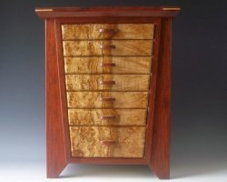 Handmade quality jewelry boxes made of bubinga and burl