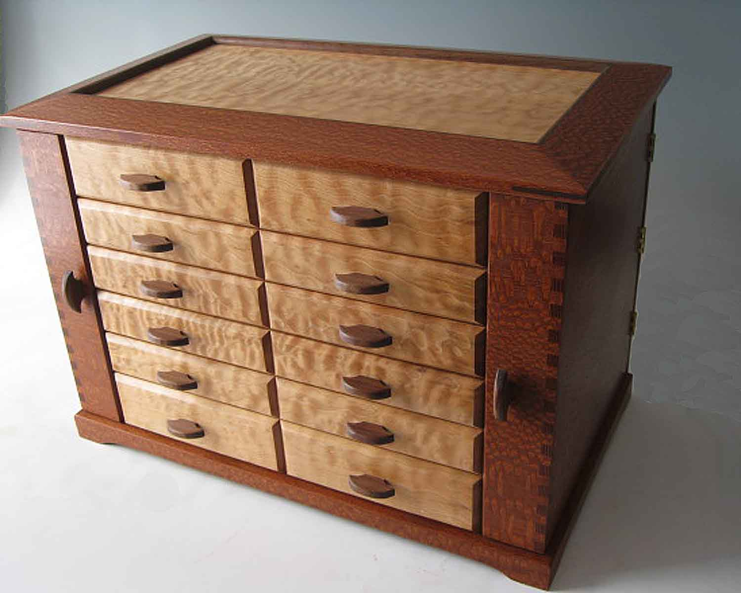 Handmade wooden jewelry boxes are the perfect unique for Jewelry box made of wood
